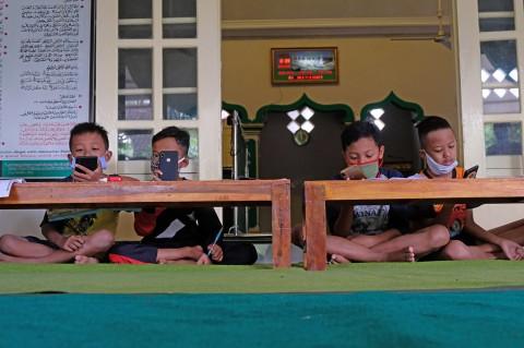 Masjid di Borobudur Sediakan WiFi Gratis untuk Pelajar