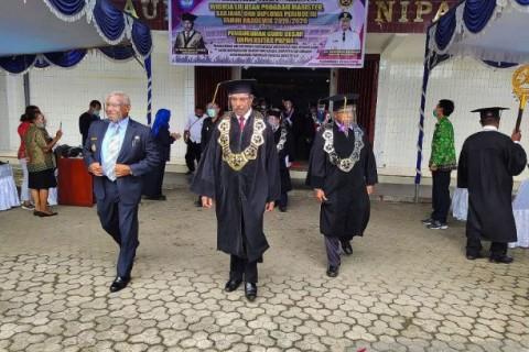 Unipa Luluskan Delapan Dokter Muda Asli Papua