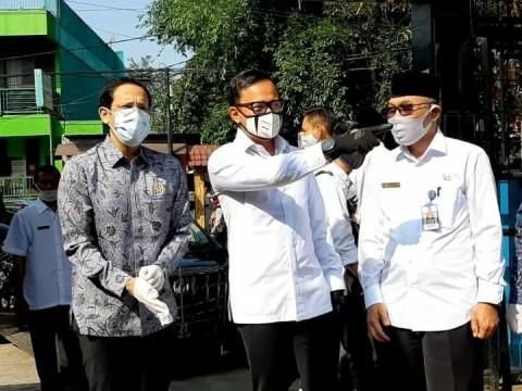 Nadiem Tinjau Sekolah Zona Oranye di Wilayah Bogor