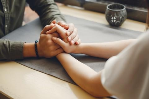 6 Cara Meminta Kejelasan Pasangan tentang Pernikahan