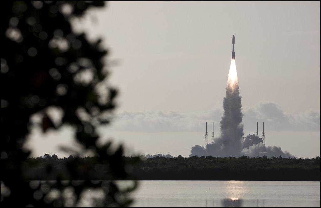 Roket Misi ke Mars NASA Berhasil Melesat ke Angkasa - Medcom ID