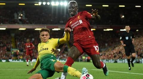 Bek Norwich City Abaikan Rumor Ketertarikan Bayern Muenchen