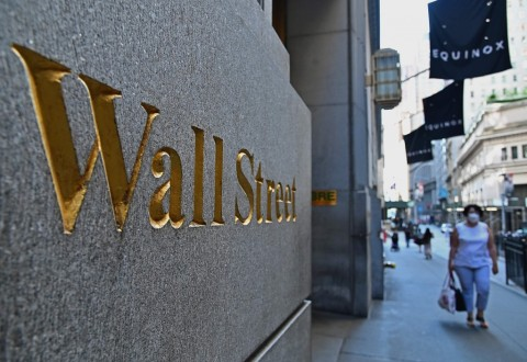 Saham Teknologi Kerek Wall Street