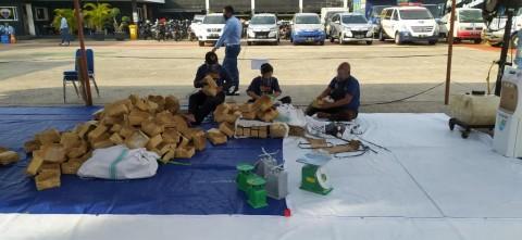 ABN NasDem Salurkan 4.000 Paket Daging ke Masyarakat