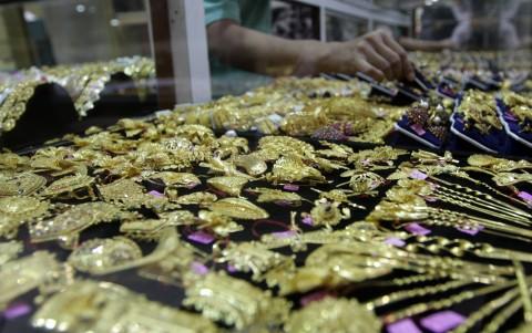 Emas Antam dalam Sepekan Makin Kinclong