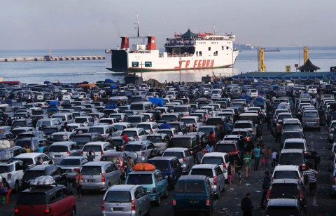 ASDP Catat 14 Ribu Pemudik Padati Pelabuhan Bakauheni