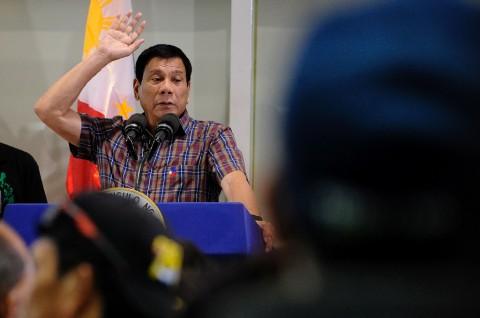 Duterte Kembali Berlakukan Lockdown di Manila