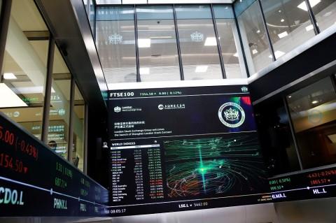 Bursa Saham Inggris Kembali Bangkit