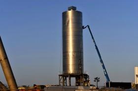 SpaceX Sukses Terbangkan Prototipe Starship
