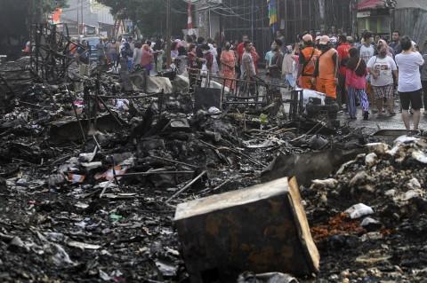 Kebakaran Hanguskan Kawasan Pasar Timbul Tomang