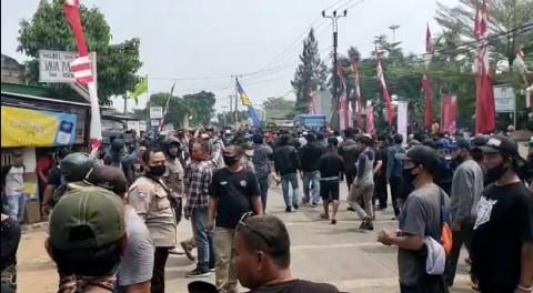 2 Kelompok Massa di Tangerang Bentrok