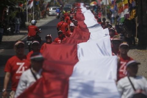 Baliho HUT Ke-75 RI Diminta Tak Memasang Foto Jokowi