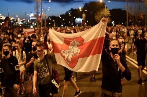 Bentrokan Meletus usai Pemungutan Suara di Pilpres Belarusia