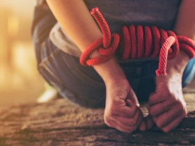 Paksa Tinggal Bersama di Dubai, Seorang Pria Culik Mantan Kekasih