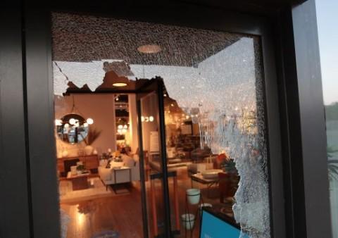 Kerusuhan di Chicago Berujung Penjarahan