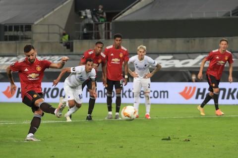 Penalti Fernandes Bawa MU ke Semifinal Liga Europa
