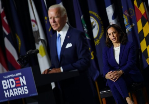 Pertama Kampanye Bersama Biden, Kamala Harris Serang Trump