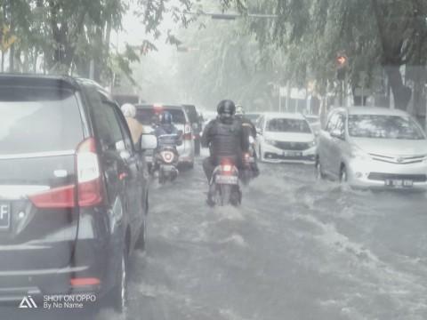 Enam Ruas Jalan di Bekasi Tergenang Usai Hujan Deras