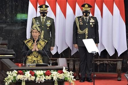 Live: Jokowi Serahkan RUU APBN dan Nota Keuangan 2021 ke DPR
