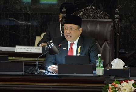 Ketua MPR Ingatkan Ancaman Resesi Ekonomi