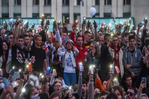 Demonstran Oposisi Belarusia Minta TV Nasional Liput Aksi Protes