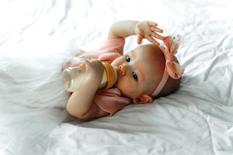 Risiko Memberikan Susu yang Dipanaskan pada Bayi