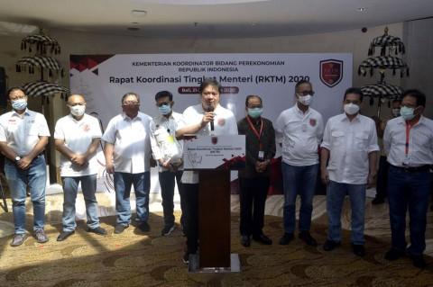 Menteri Bidang Perekonomian Bahas Penanganan Dampak Pandemi Covid-19
