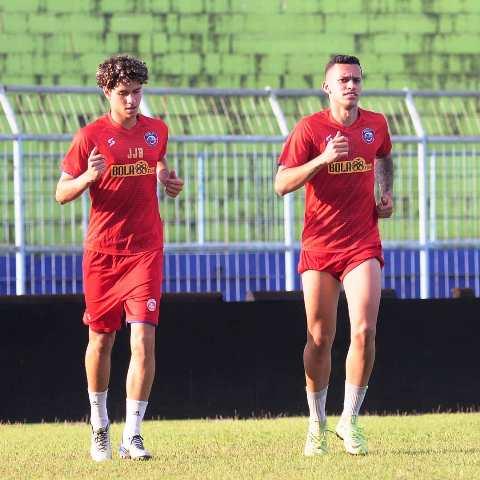 Arema Rekrut Dua Pemain Brasil untuk Investasi