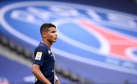 Chelsea Ditawari Memboyong Thiago Silva