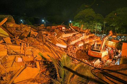 Apartemen di India Runtuh, Satu Tewas dan Puluhan Terperangkap