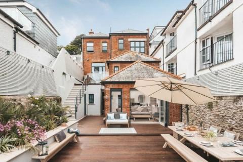 Penampakan Rumah Gordon Ramsay yang Dijual Rp52 Miliar