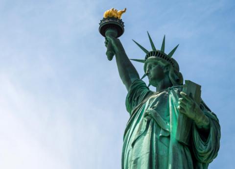 Patung Liberty AS Kembali Dibuka untuk Umum