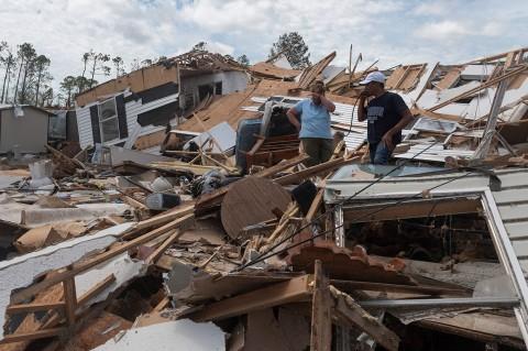 Badai Laura Landa Louisiana, 6 Orang Tewas