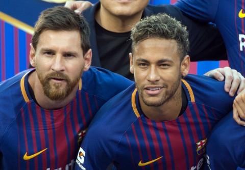 Neymar Minta PSG Memboyong Lionel Messi