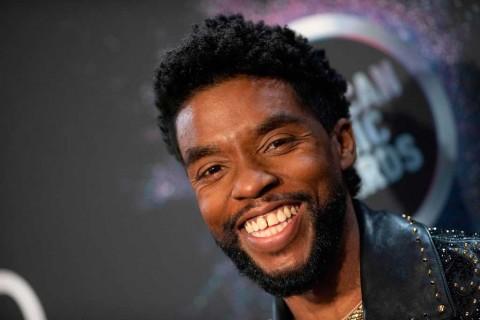 Chadwick Boseman Sang Black Panther 4 Tahun Berjuang Lawan Kanker Usus