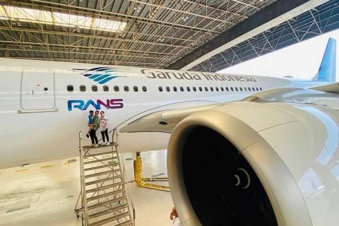 Alasan Garuda Pajang Logo Raffi Ahmad di Badan Pesawat