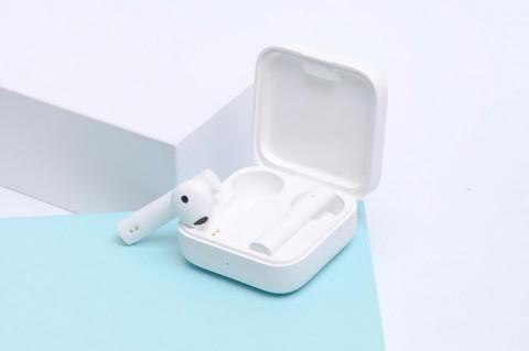 Review Mi TWS Earphones 2 Basic, Memuaskan di Harga Rp300 Ribu