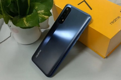 Realme 7 dan 7 Pro Bersiap, Ini Spesifikasinya