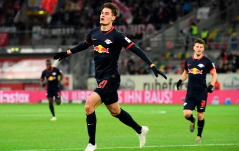 Patrik Schick Makin Dekat dengan Leverkusen