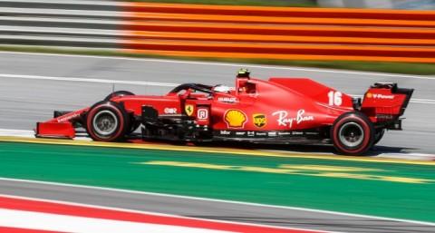 Ferrari Frustrasi dengan Jalannya Musim Ini