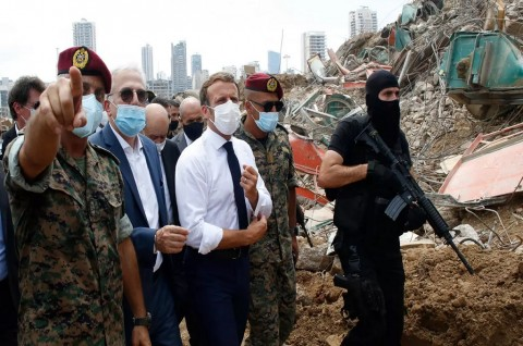 Macron Serukan Lebanon Segera Bentuk Pemerintahan Baru