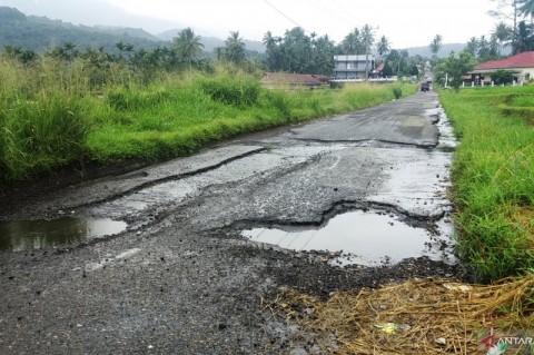Jalan Rusak Berat di Tanah Datar Capai 277 Km
