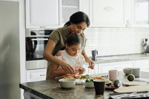 Tips Pemenuhan Gizi Seimbang untuk Anak