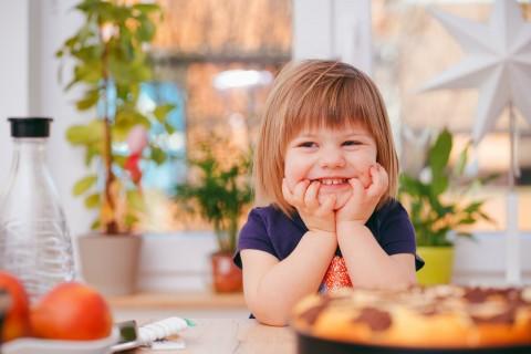 Anak Butuh Nutrisi Seimbang untuk Tumbuh Kembang