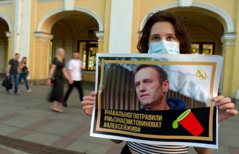 Kritikus Putin Dipastikan Diracun dengan Zat Saraf Novichok