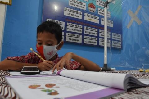 Pemprov DKI Targetkan Pasang Internet Gratis di 9 Ribu Titik