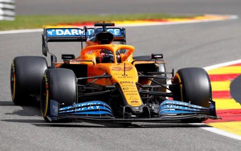 Carlos Sainz tak Menyesal Pindah ke Ferrari Musim Depan