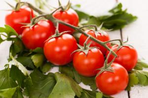 5 Jenis Sayuran yang Cocok Ditanam oleh Anak-anak