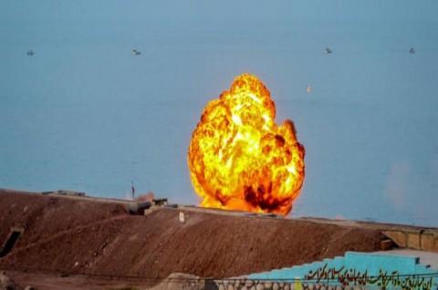 Ledakan Truk Gas Klorin di Iran Lukai 230 Orang
