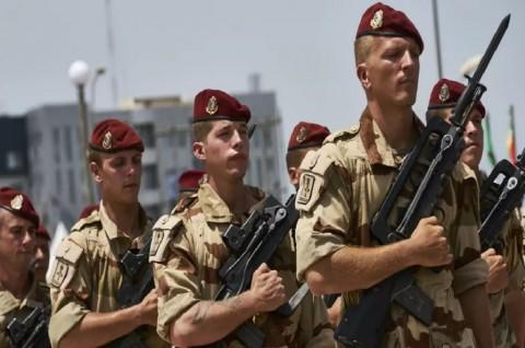 Dua Prajurit Prancis Tewas Terkena Bom Rakitan